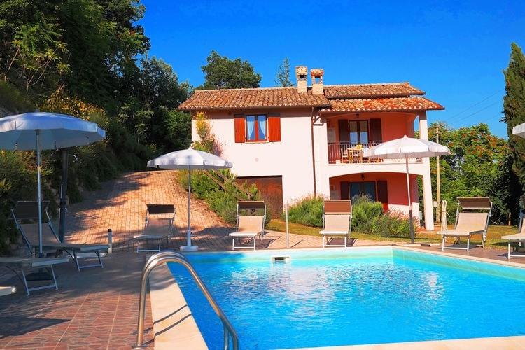 Italie | Marche | Villa te huur in Acqualagna met zwembad  met wifi 14 personen