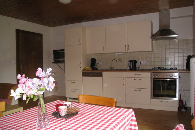 Ref: AT-5592-02 3 Bedrooms Price
