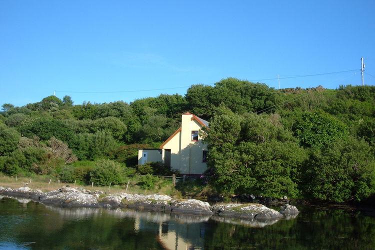 Ierland Vakantiewoningen te huur Cottage gelegen op een unieke locatie aan de Kenmare Bay