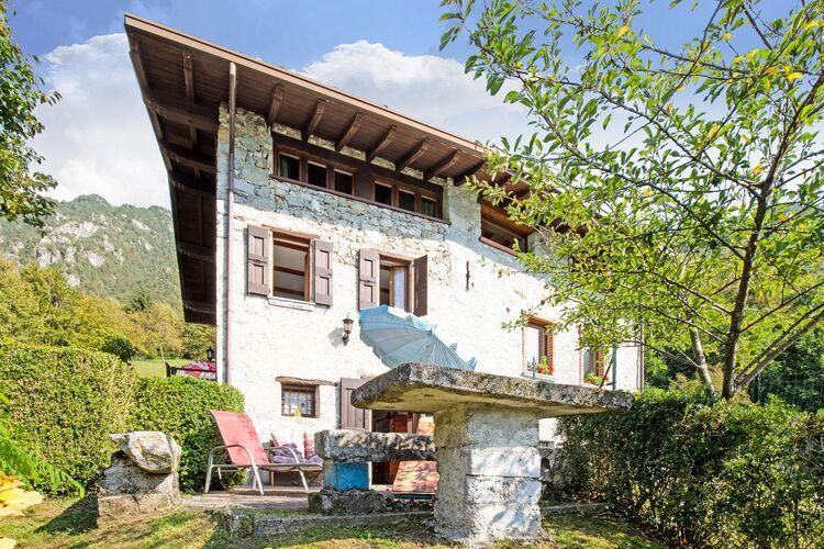 Vakantiehuizen Italie | Italiaanse-Meren | Vakantiehuis te huur in Idro    2 personen