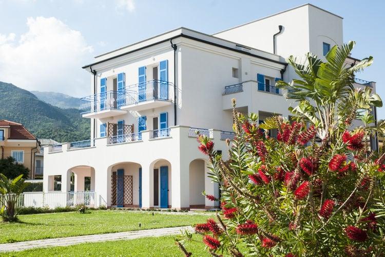 Italie | Lig | Appartement te huur in Loano met zwembad  met wifi 4 personen