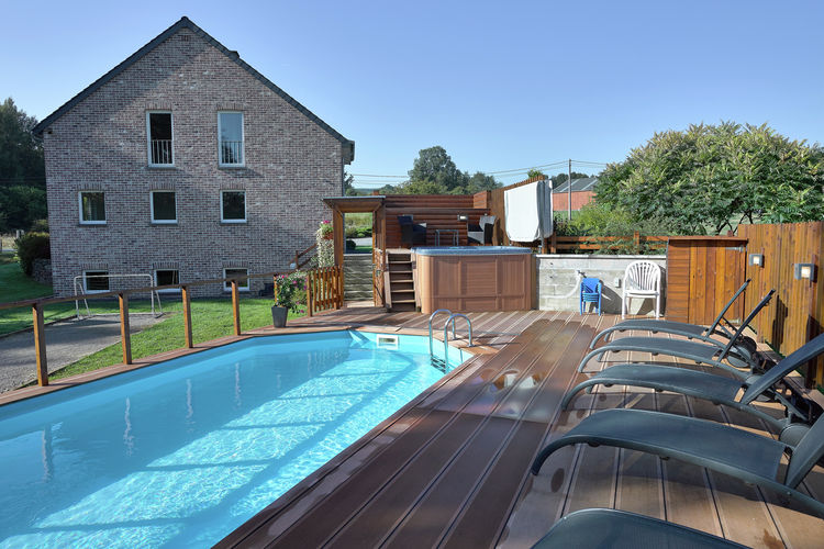 Luik Vakantiewoningen te huur Vrijstaande,ruime, zeer luxe vakantievilla met zwembad & jacuzzi(zomer) en sauna