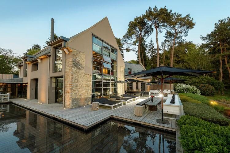 Bretagne Villas te huur Luxe villa met grote tuin, zwembad, fitnessruimte, sauna en prachtig uitzicht