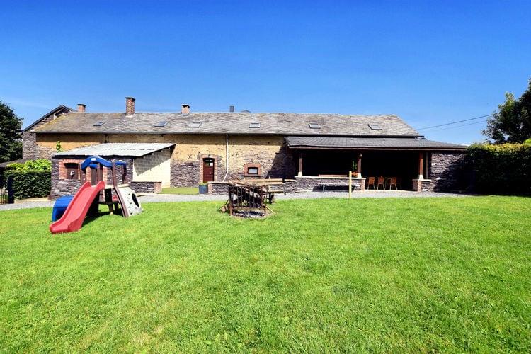 Vakantiewoning  met wifi  Lierneux  Grote, comfortabele woning met grote tuin, open en overdekt terras en open haard