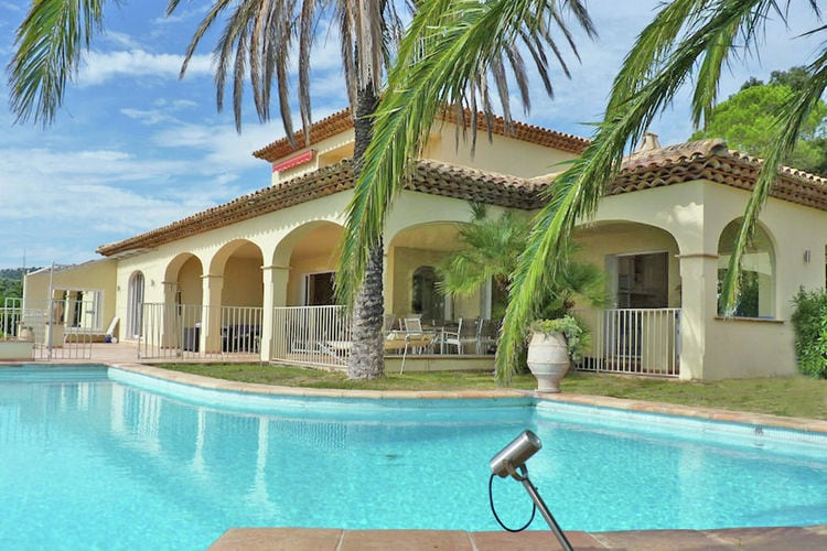 Villa huren in Sainte-Maxime - met zwembad  met wifi met zwembad voor 10 personen  In een rustige residentiële wijk,..