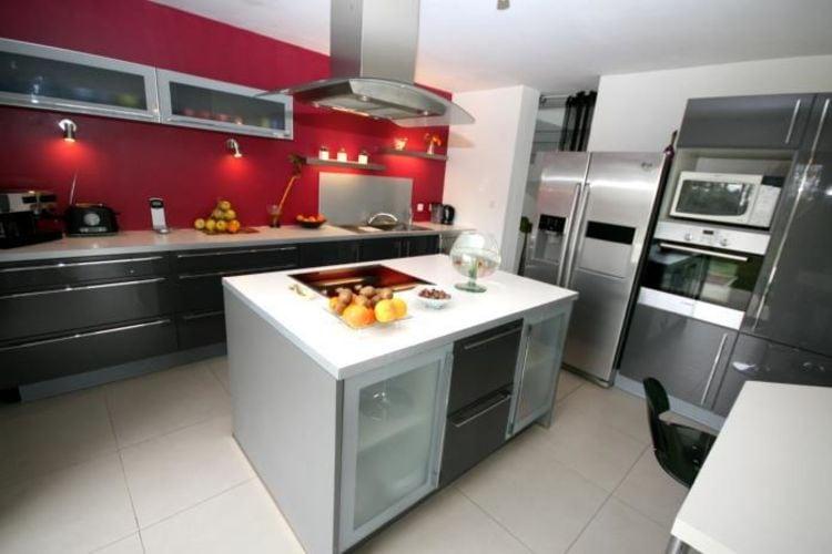 Ref: FR-29950-08 5 Bedrooms Price