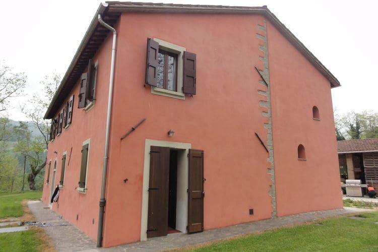 vakantiehuis Italië, Emilia-romagna, Tredozio vakantiehuis IT-47019-09