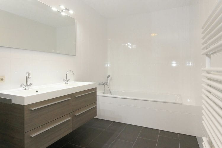 Holland | Zeeland | Holiday home Waterpark Veerse Meer - Dijkvilla Luxe 10 | all year | BathRoom