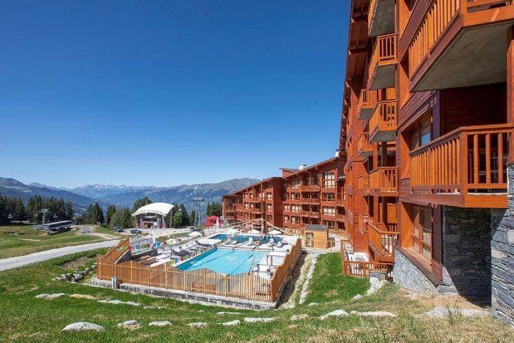 Frankrijk | Rhone-alpes | Appartement te huur in Bourg-Saint-Maurice met zwembad  met wifi 4 personen