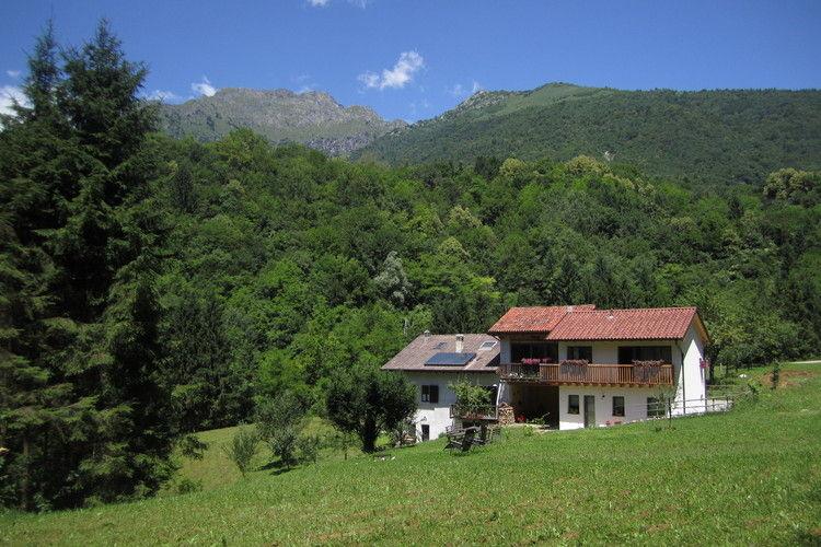 Appartement  met wifi  Cesiomaggiore  Zonnig vakantiehuis in de buurt van Feltre in de Dolomieten