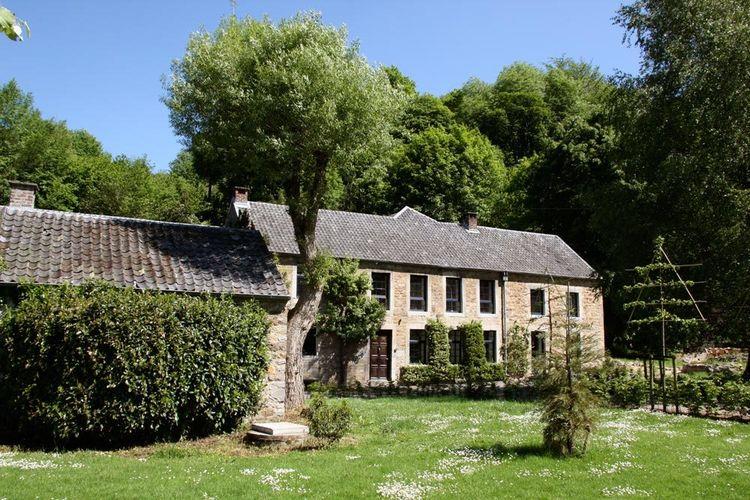 Schitterende gerenoveerde boerderij uit de 18e eeuw met open haard nabij Theux