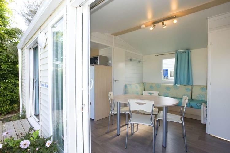 Ref: FR-02709-01 2 Bedrooms Price