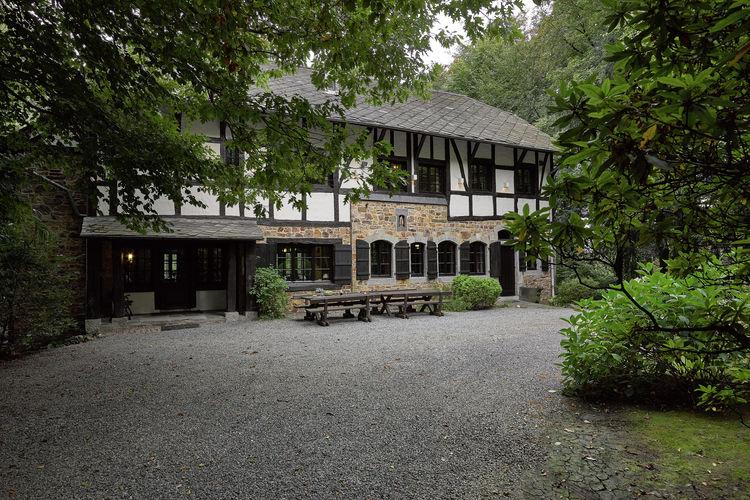 Villas Belgie | Luik | Villa te huur in Spa   met wifi 20 personen
