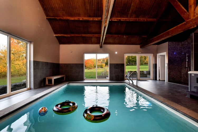 Villa met zwembad met wifi  Villers-Sainte-Gertrude (durbuy)  Moderne villa in het oude stadje Durbuy met zwembad