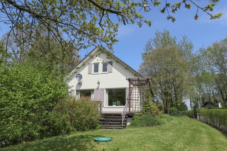 Villa  met wifi  Rendeux-Beffe  Vrijstaande vakantievilla met een grote tuin en terras, midden in de Ardennen