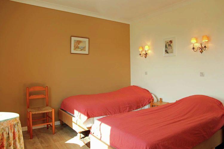 Ref: BE-1114-01 7 Bedrooms Price