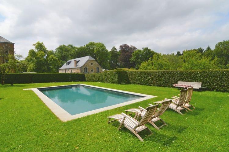 Namen Vakantiewoningen te huur Gite met zwembad gelegen op een kasteeldomein in het bos niet ver van Namen