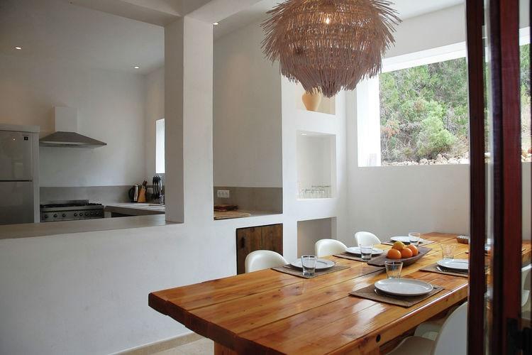 Villa Spanje, Ibiza, Cala Tarida Villa ES-00661-01