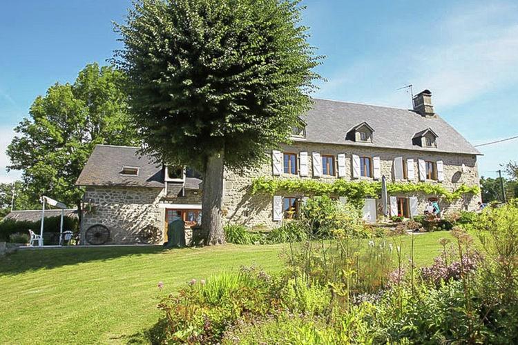 Villa met zwembad met wifi  Margerides  Le Tilleul 14P
