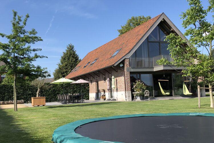Belgie | West-Vlaanderen | Vakantiehuis te huur in Zwevegem   met wifi 19 personen