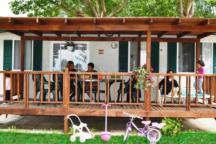 Chalets Italie | Umbrie | Chalet te huur in Tuoro-sul-Trasimeno met zwembad  met wifi 6 personen
