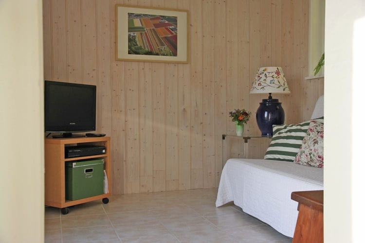 Holland | North Sea Coast North | Holiday home De Cottage | all year | LivingRoom
