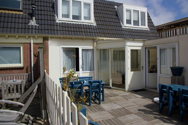 Holland | North Sea Coast North | Holiday home Egmond Centre II | all year | ExteriorSummer