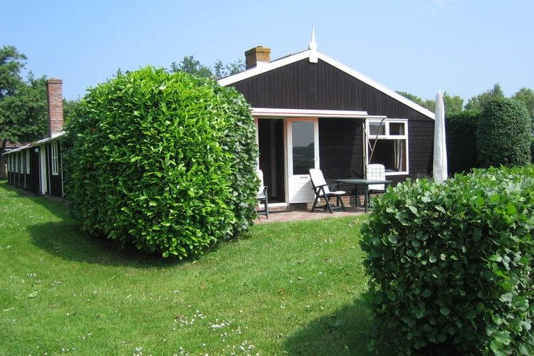 Burgh-Haamstede Vakantiewoningen te huur Gezellige vakantiehuis in het achterste deel van een oude Zeeuwse boerenschuur.