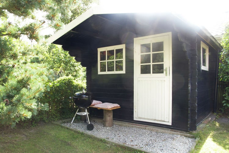 Holland | Zeeland | Holiday home Springtij | all year | GardenSummer