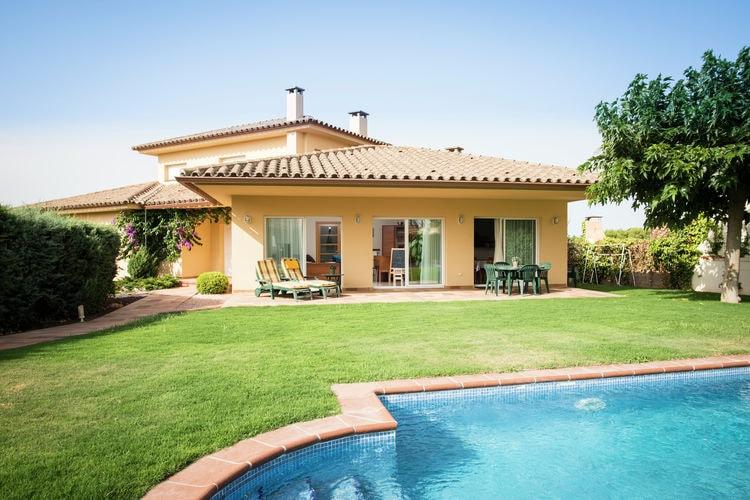 Spanje | Costa-Brava | Villa te huur in Lescala met zwembad  met wifi 8 personen