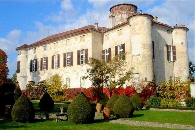 Italie Kastelen te huur Charmant appartement in een historisch kasteel in Piemonte.