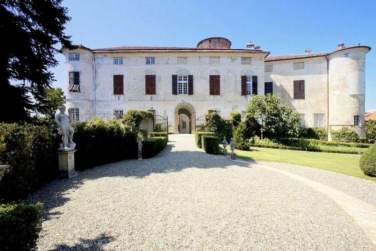 Kastelen Italie | Piemonte | Kasteel te huur in Rocca-Grimalda   met wifi 4 personen
