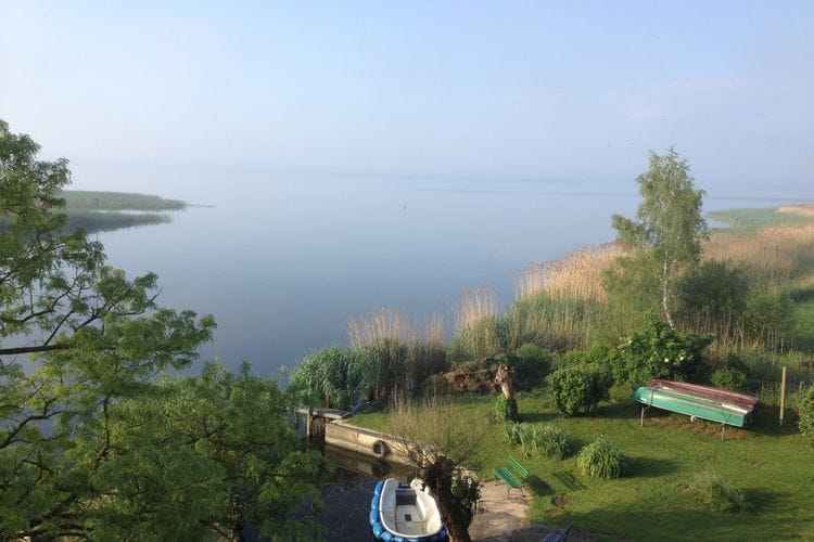Usedom Vakantiewoningen te huur Gezellige woning aan het water op het eiland Usedom.
