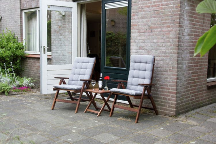 Holland | North Sea Coast North | Holiday home De Roodborst | all year | TerraceBalcony