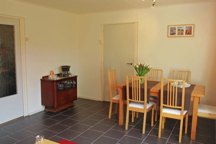 Holland | Zeeland | Holiday home Even Buute | all year | DiningRoom