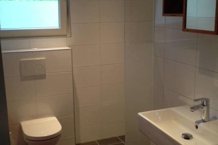 Holland | Zeeland | Holiday home Even Buute | all year | BathRoom
