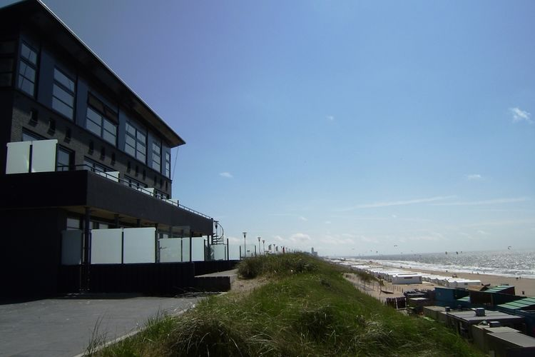 Holland | North Sea Coast North | Holiday home Strandzicht IV | all year | ExteriorSummer