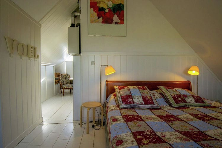 Holland | North Sea Coast South | Holiday home Madelon | all year | BedRoom