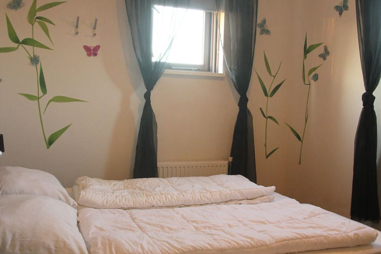 Ref: NL-3918-01 3 Bedrooms Price