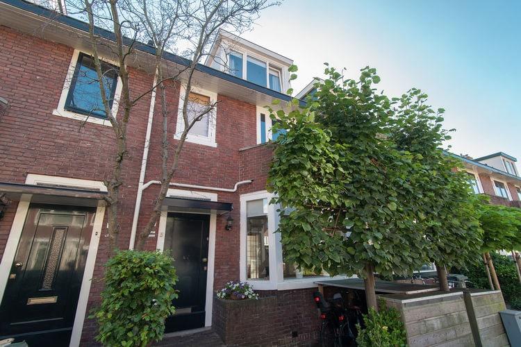 Vakantiewoning  met wifi  Haarlem  Sfeervol familiehuis in een rustige straat vlakbij Haarlem en Bloemendaal
