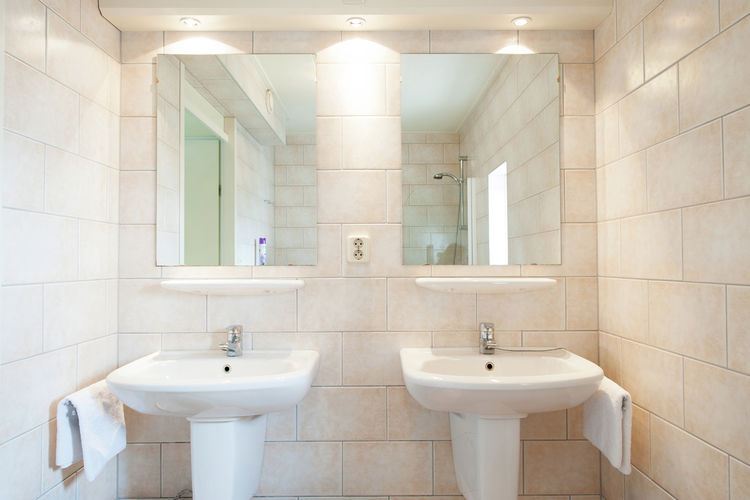 Holland | Wad Islands | Holiday home Kust en Stijl Penthouse I | all year | BathRoom