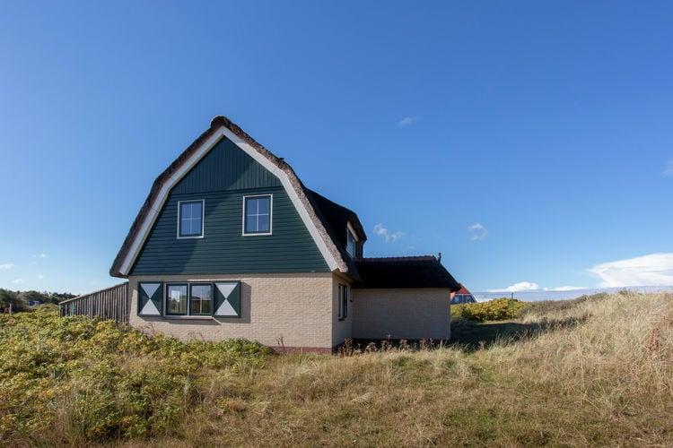 Villa  met wifi  Vlieland  Luxe villa in de duinen en op slechts 100 meter van het strand van Vlieland