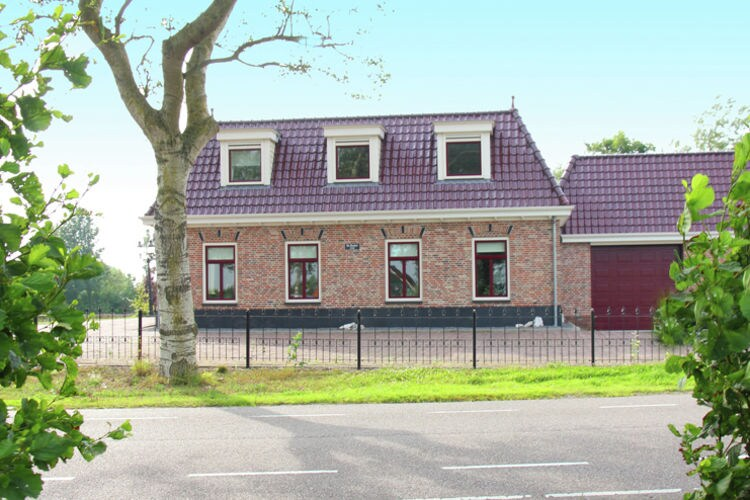 Holland | North Sea Coast North | Holiday home Aan de Waterkant | all year | ExteriorSummer