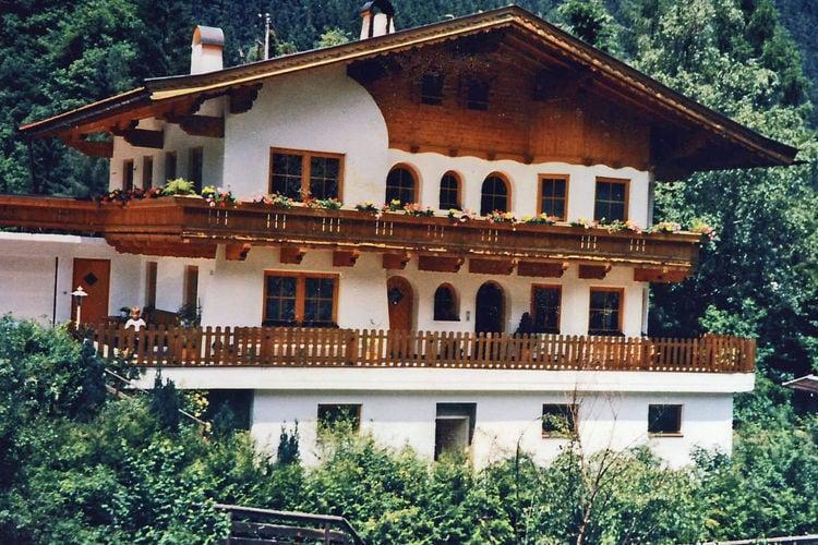 Vakantiehuizen Oostenrijk | Tirol | Appartement te huur in Mayrhofen   met wifi 5 personen