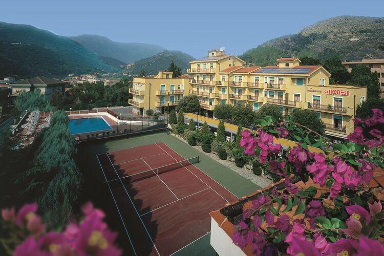Appartementen Italie | Lig | Appartement te huur in Pietra-Ligure met zwembad  met wifi 4 personen