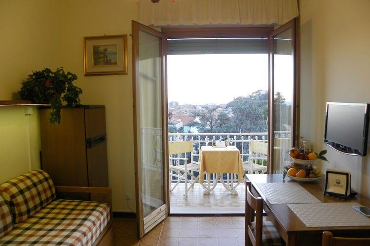 Appartementen Italie | Lig | Appartement te huur in Pietra-Ligure met zwembad  met wifi 5 personen