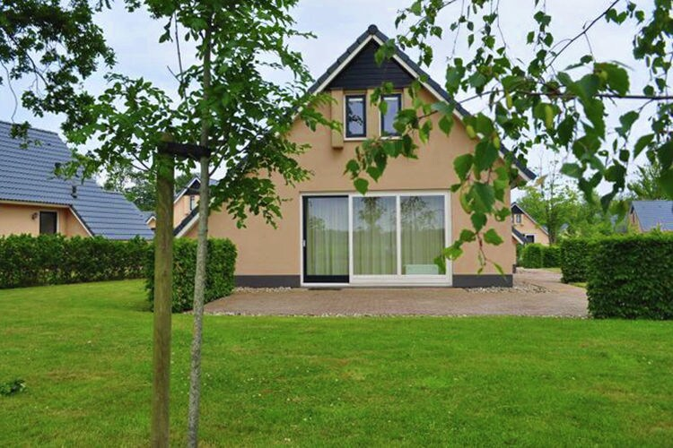 Holland | Friesland | Holiday home Morgenrood | all year | ExteriorSummer
