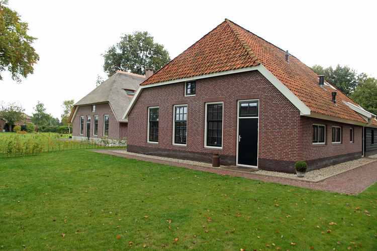Holland | Gelderland | Holiday home De Hertenhoeve Achterhuis - 18 pers | all year | ExteriorSummer