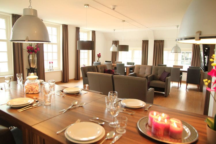 Holland | Gelderland | Holiday home De Hertenhoeve Achterhuis - 18 pers | all year | DiningRoom