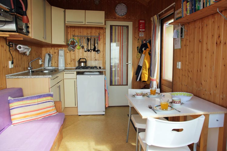 Holland | Zeeland | Holiday home Beachhouse Bij de Boompjes | all year | DiningRoom